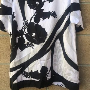 White House Black Market Tops - WHBM silk Black White Floral Top Blouse size XL